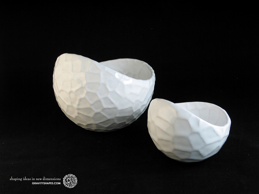 Porcelain plant pots #4 XL and #12 small round (Gloss White)