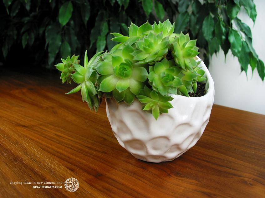Massive extravagant Designer-Flowerpot #5 (large)