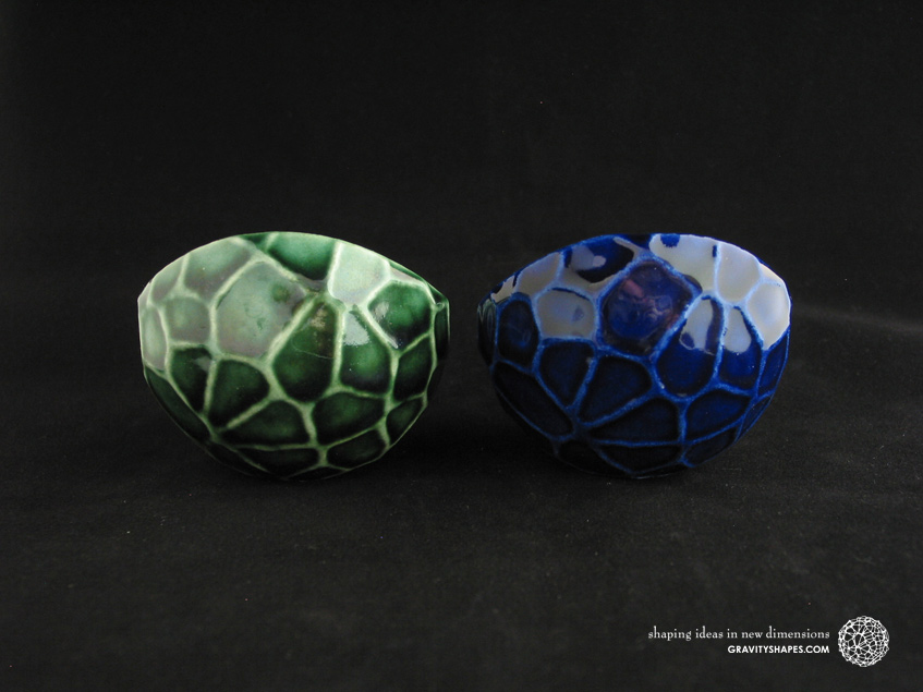 Porcelain plant pots in Water-Look #13 round small (Oribe Green and Cobalt Blue)