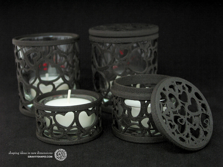 3D printed GRAVITYSHAPES decor with hearts – black