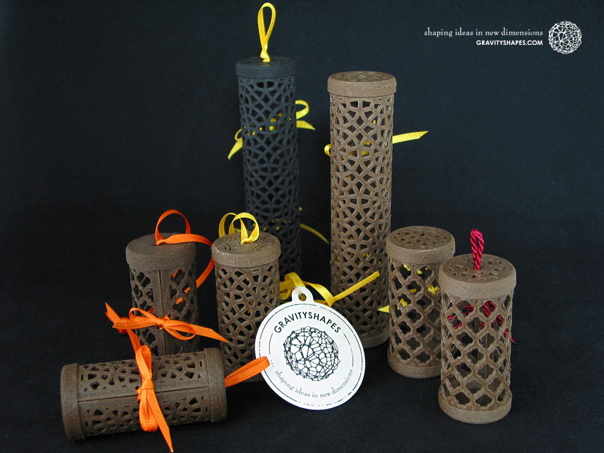 Wooden gift rolls in various sizes and patterns