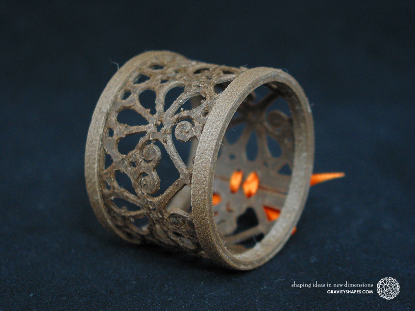 Napkin ring laced, brown wood with mosaic
