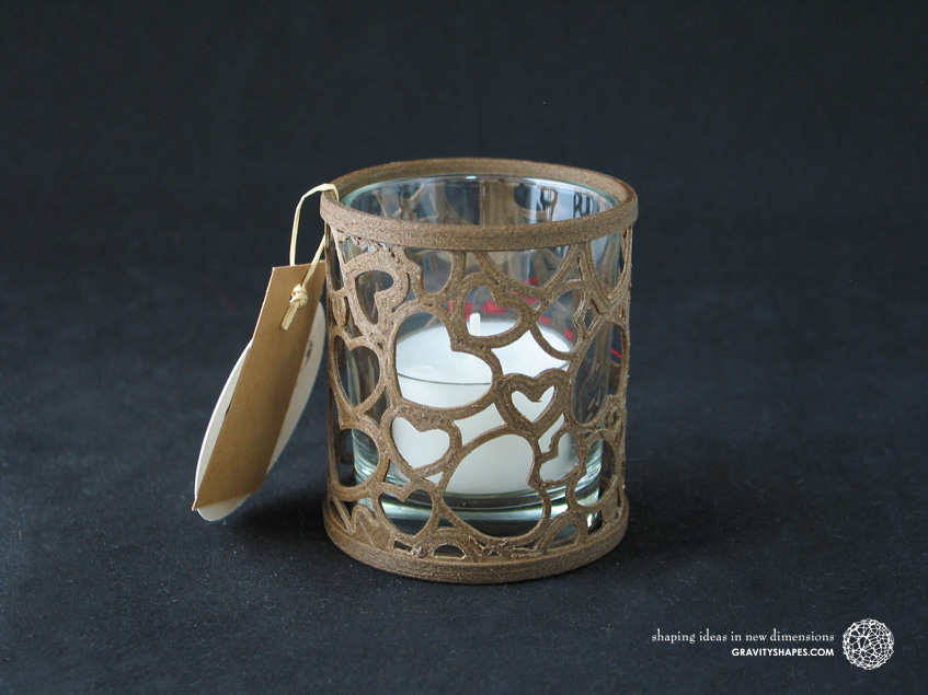 Large straight tealight holder laced with hearts – brown
