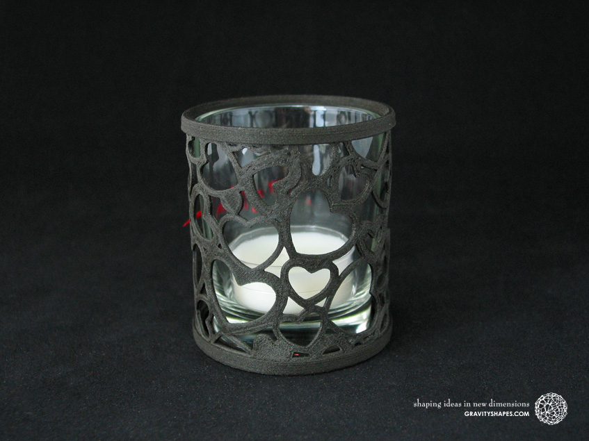 Large straight tealight holder laced with hearts – black