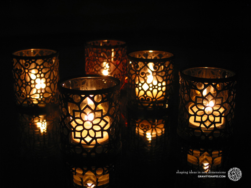 Large tealight holders with mosaic 2 and mosaic 3