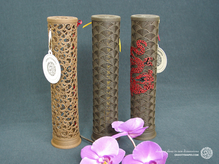 Wooden incense sticks towers laced (brown and black with hearts, japan and japan with dragon design)
