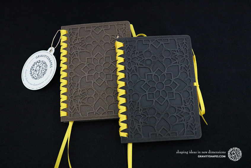 681_Holz-Notizblock-A7-mit-Zierschnürung_braun-gelb_schwarz-gelb_Mosaik-2_2